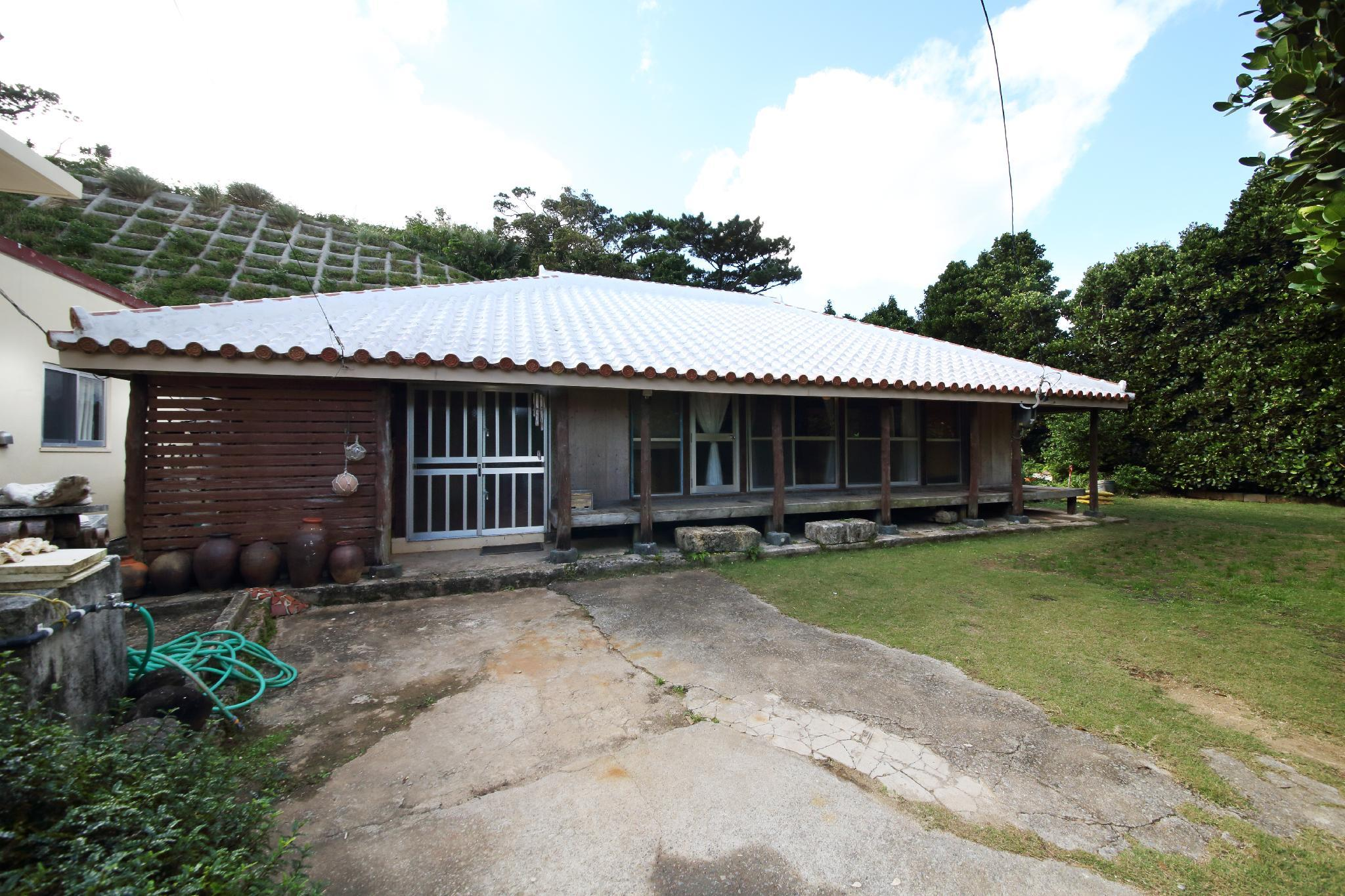 EX Kumejima Tazato House