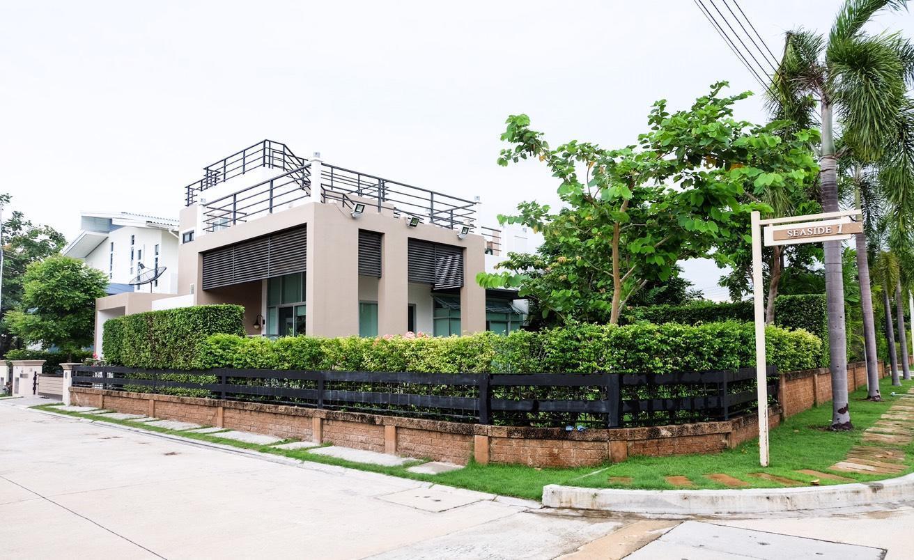 Beachfront Modern Luxury House/Casa Seaside Rayong วิลลา 3 ห้องนอน 4 ห้องน้ำส่วนตัว ขนาด 200 ตร.ม. – หาดระยอง