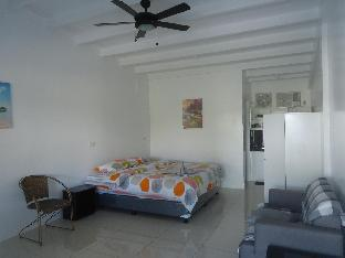 picture 5 of Mirka's Guest House Apartment 3