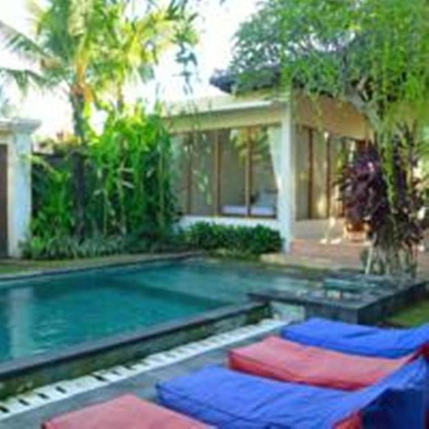 Three Bedroom Private Pool Villa Anyar Canggu