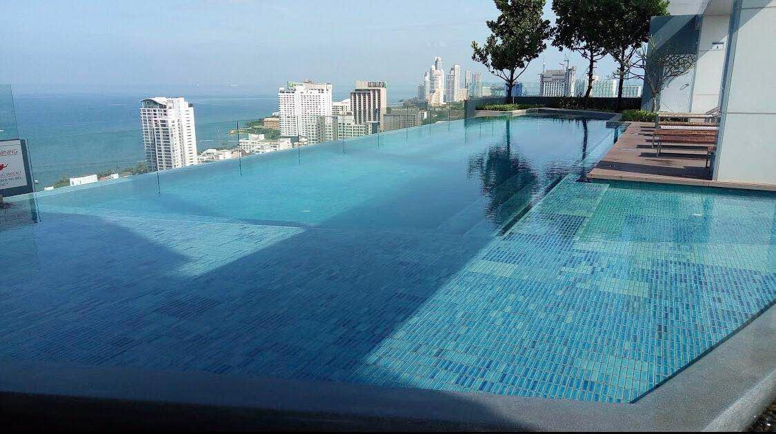 Luxury with pool Condo&center  city near the beach อพาร์ตเมนต์ 1 ห้องนอน 1 ห้องน้ำส่วนตัว ขนาด 35 ตร.ม. – พัทยากลาง