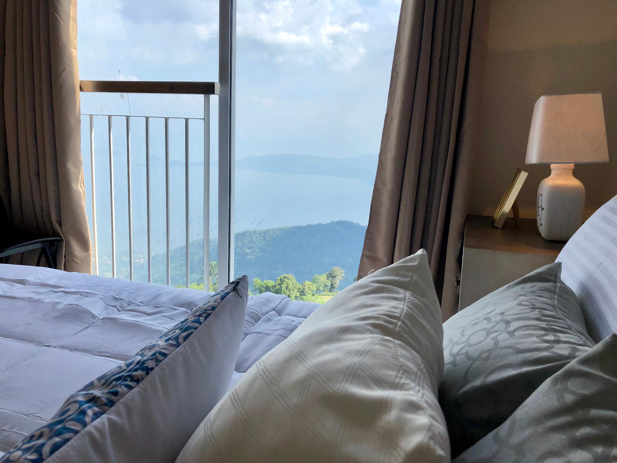 Your Home in Tagaytay w/Taal View -Wind Residences