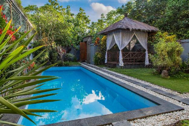 3 Bedroom Villa with private pool and free WiFi