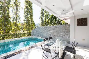 [カトゥー]一軒家(300m2)| 5ベッドルーム/6バスルーム 5 bed villa for 14, private pool, 7kms to Patong