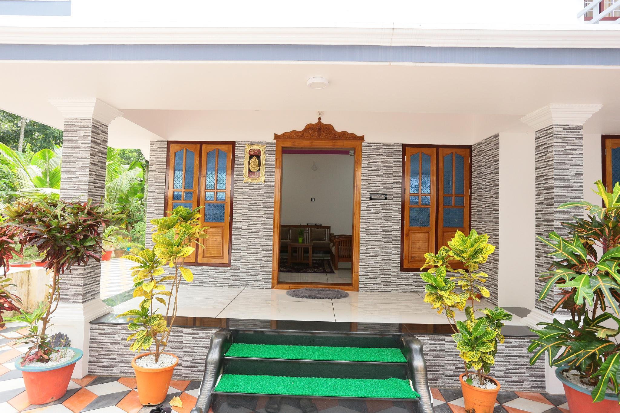 Bougainvillea Homestay Deluxe Rooms