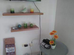 picture 3 of Brand New Unit with high  speed internet