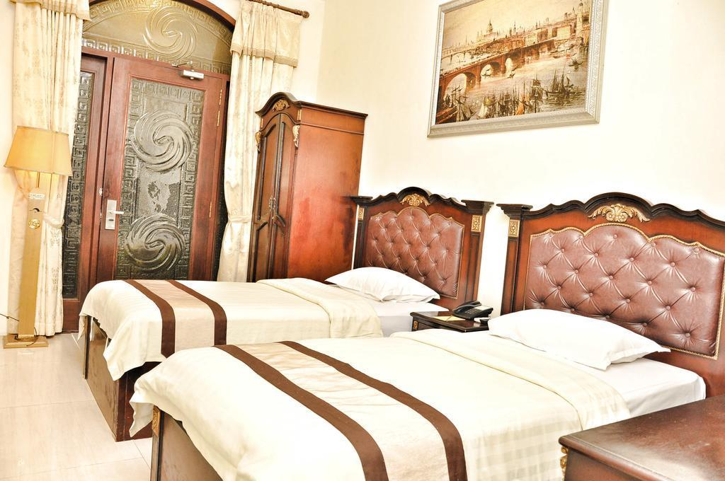 Twin Deluxe Room 5 minutes to AlunAlun Malang
