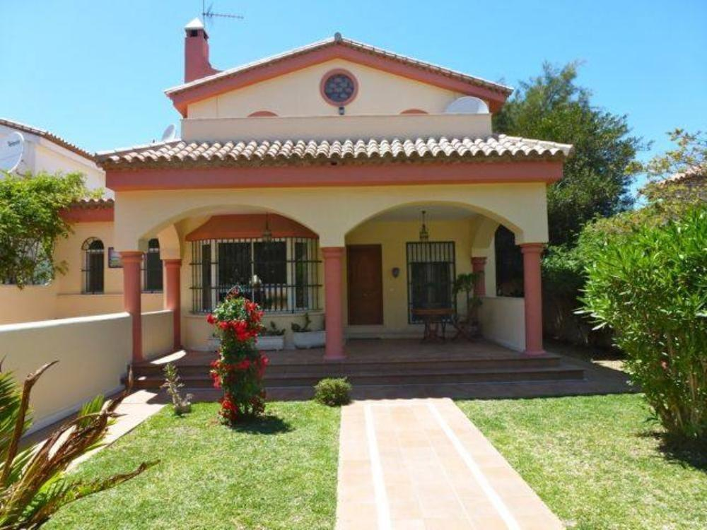 Hermosa Villa Cerca De La Playa