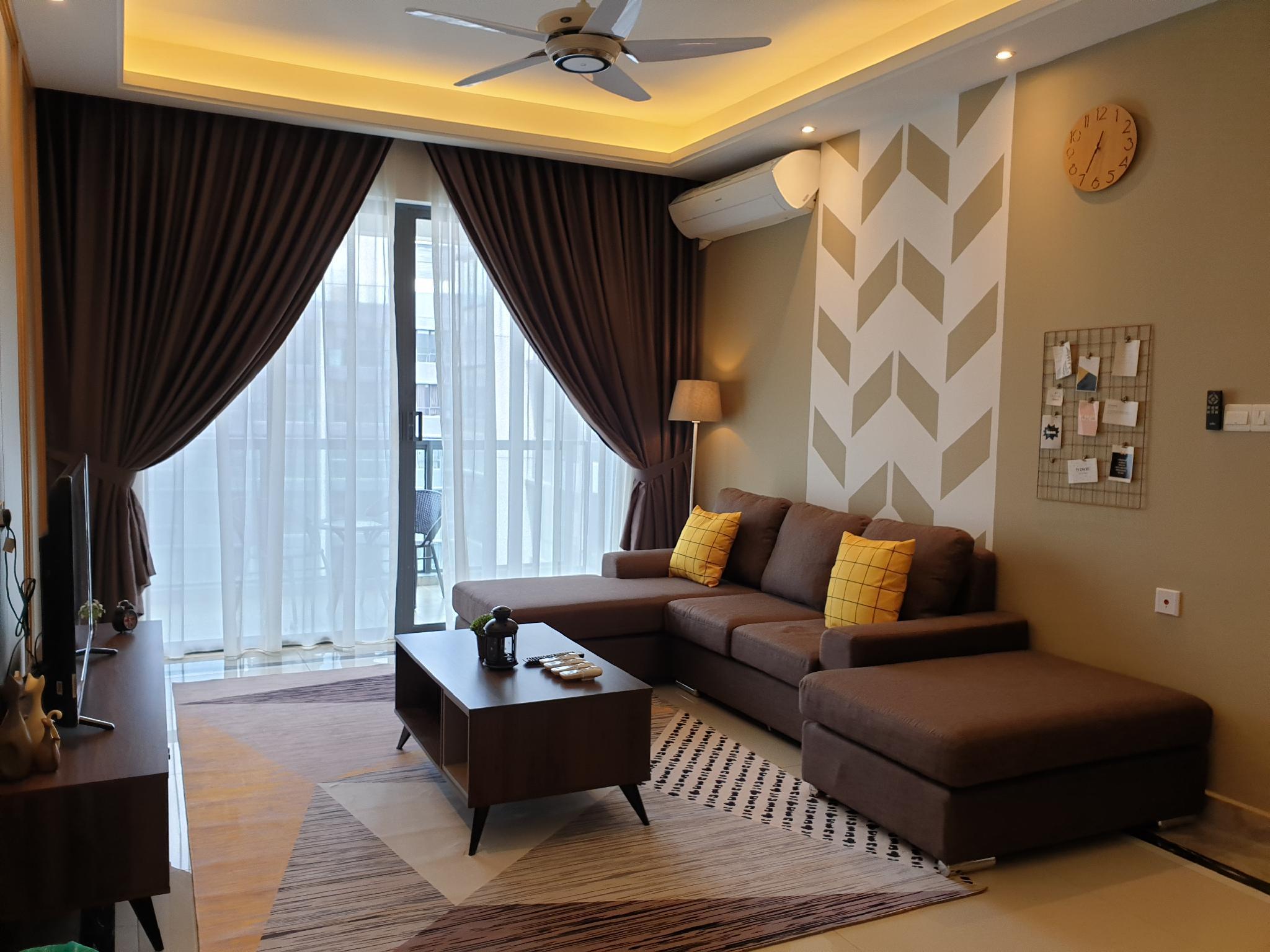 Royal @ RandF Princess Cove Johor CIQ 6PAX