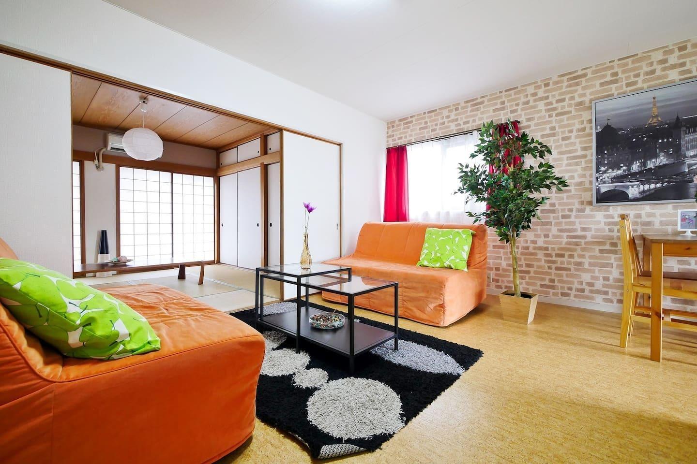 3 Bedroom Lively Area Bright Namba DO37