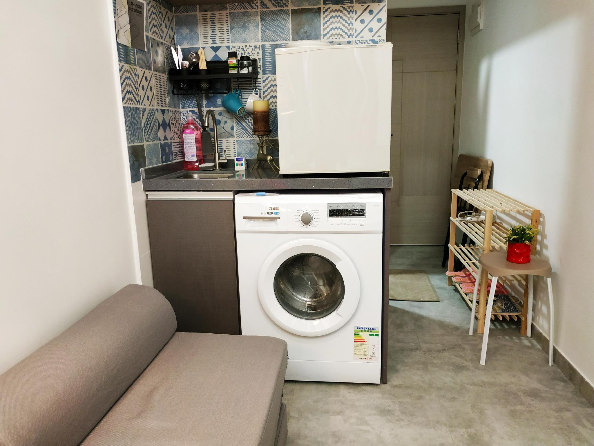 728NR 8A  Modern 1 Bedroom Apartment @ Nathan Rd