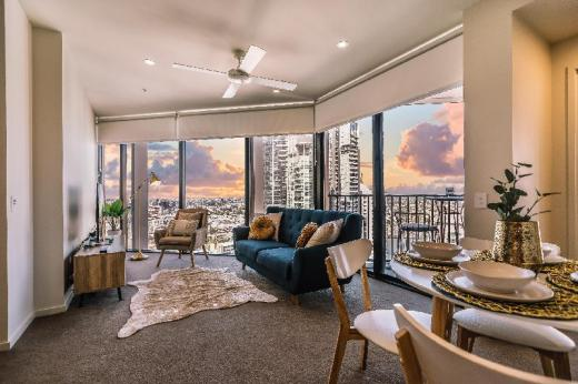 Stylish & Luxurious BNE Apartment w/ Amazing Views