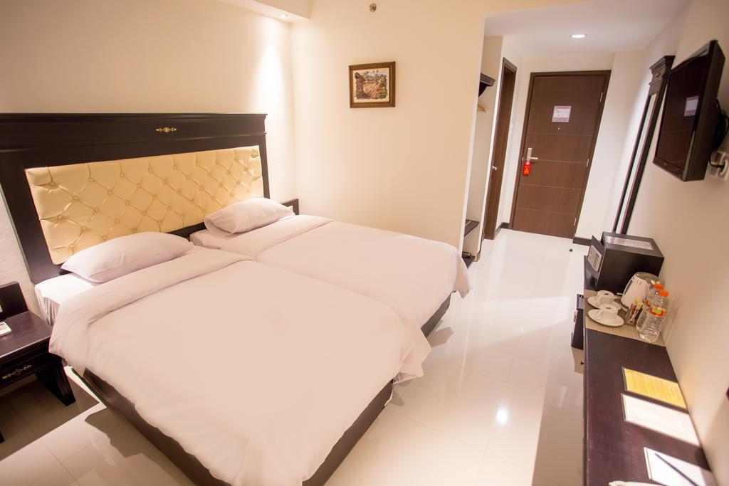 Twin Room Near Kota Baru Train Station Malang