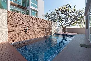 [ホアヒン市内中心地]ヴィラ(120m2)| 3ベッドルーム/3バスルーム Luxury Pool Villa Suite 1 min walking to The Sea