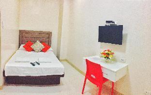 picture 2 of Red-Corner Residences - Deluxe Queen