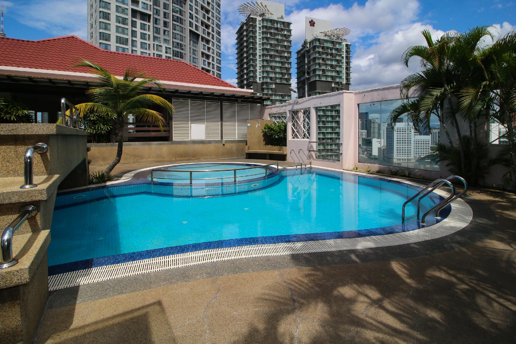 OYO Home 643 Luxury 1BR Casa Mutiara