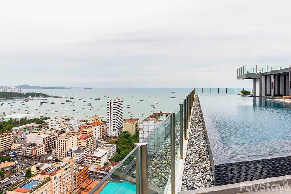 Peaceful Sky Pool W Panoramic View 1BR Pattaya