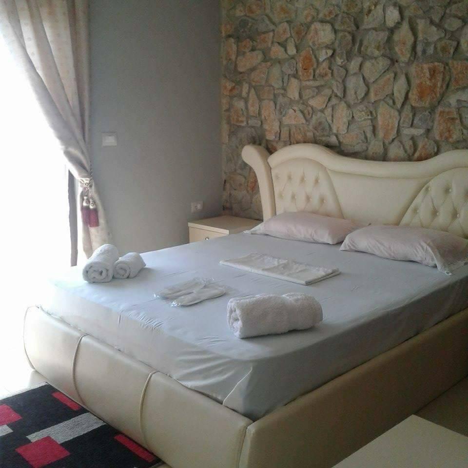HOTEL STONE DREAM