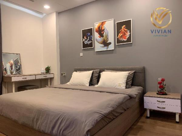 Vinhomes Central Park/ Park6/L81/view to City Ho Chi Minh City