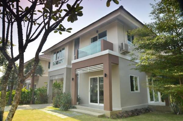 KK01 Lovely 3 bedroom house with free bicycles Chiang Mai