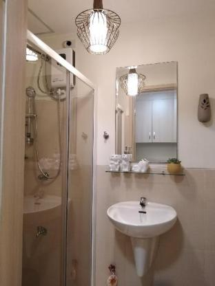 picture 4 of Stylish and Modern Suite Near SM Sucat and NAIA