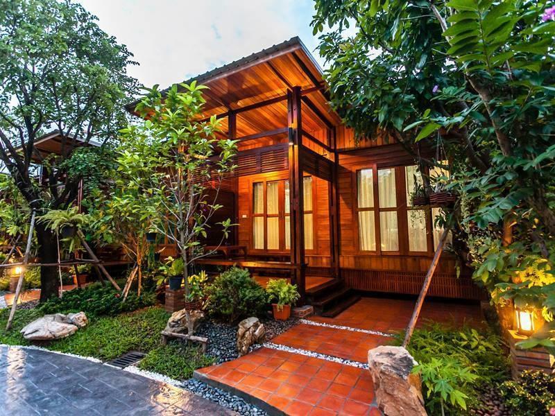 Areeya Phu Beach Resort