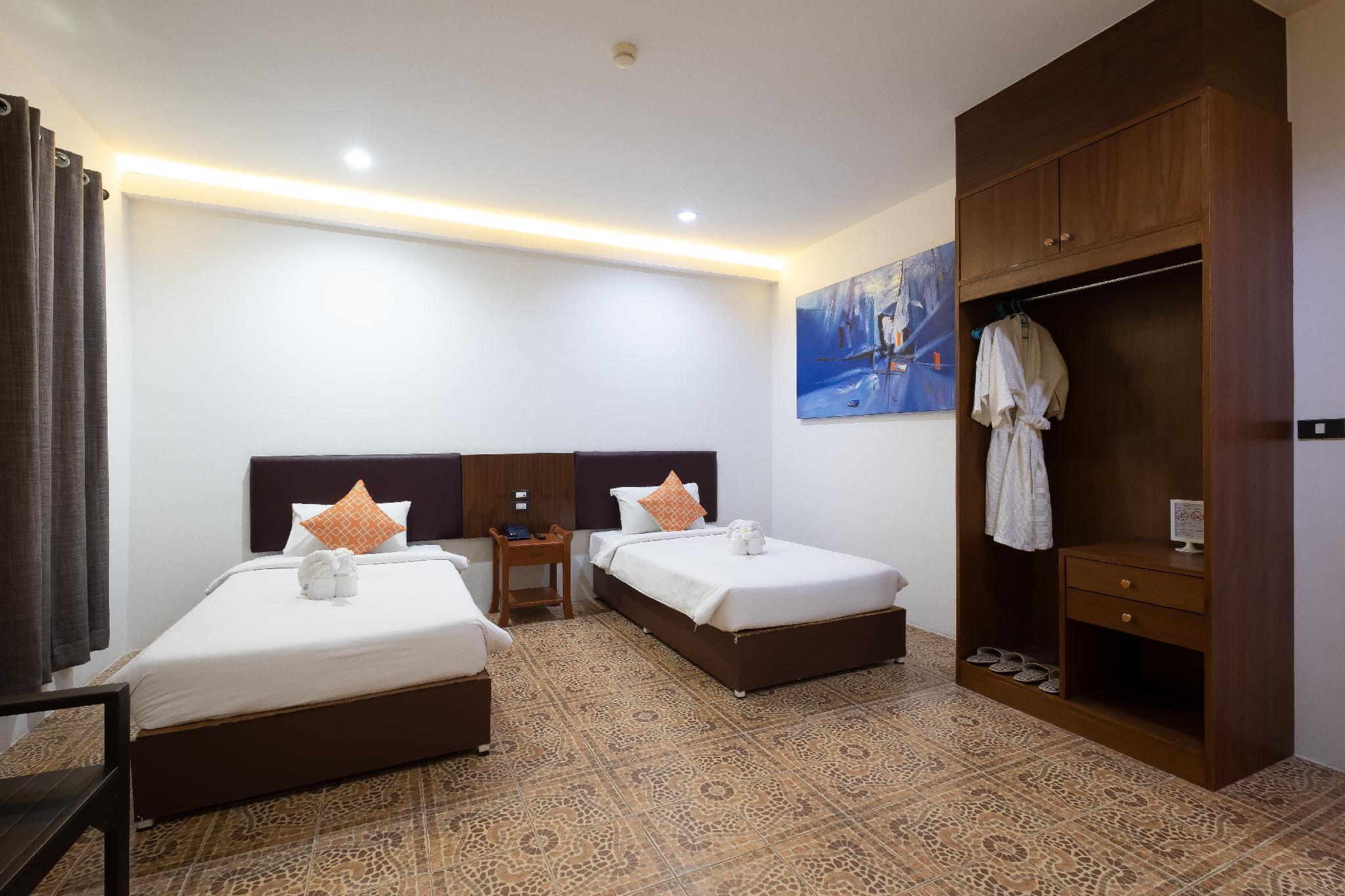 Cozy Room   Big Pool With Beach & Garden   156