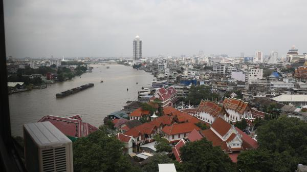 Spacious room with river view*Near MRT (205) Bangkok