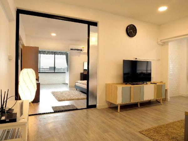 Modern room·with river view *10 mins to MRT (206) Bangkok