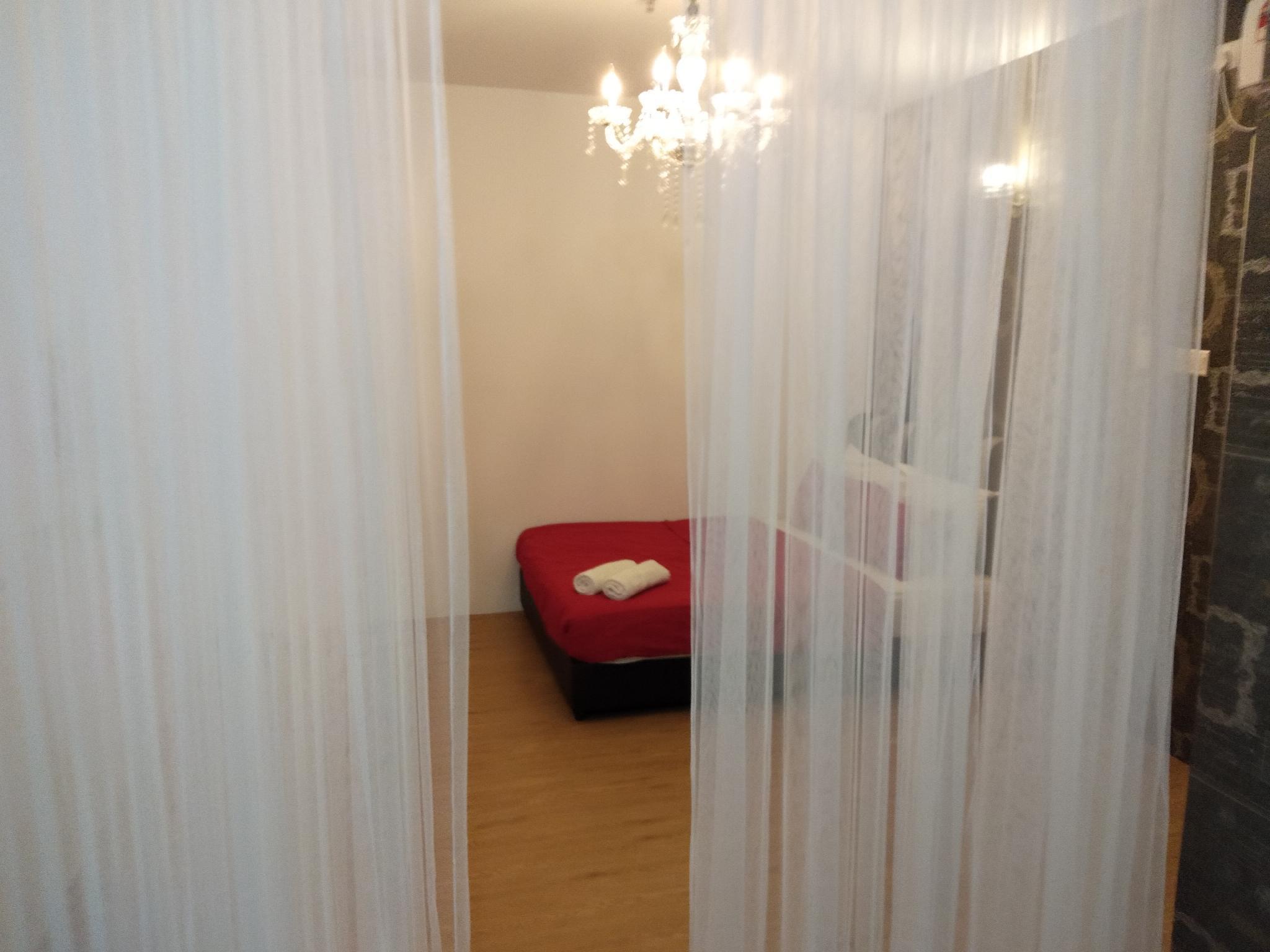 Puteri Square Cozy Home 802