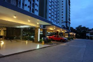 picture 1 of cebu city luxury onebed with balcony near SM&Ayala