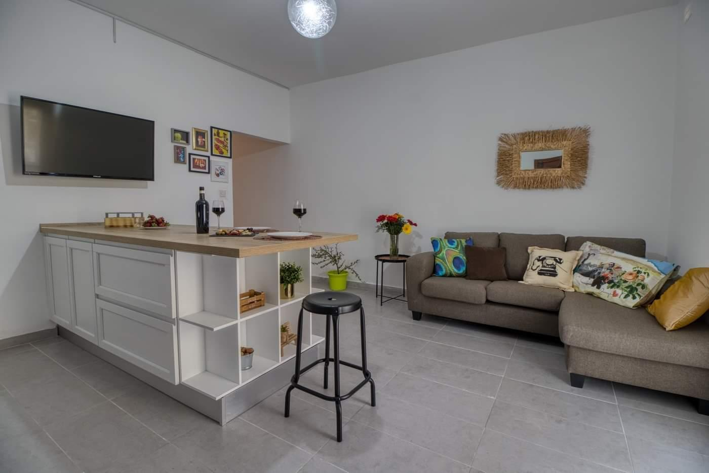 Center 5 Mins From Valletta And Sliema.max 10 Guests