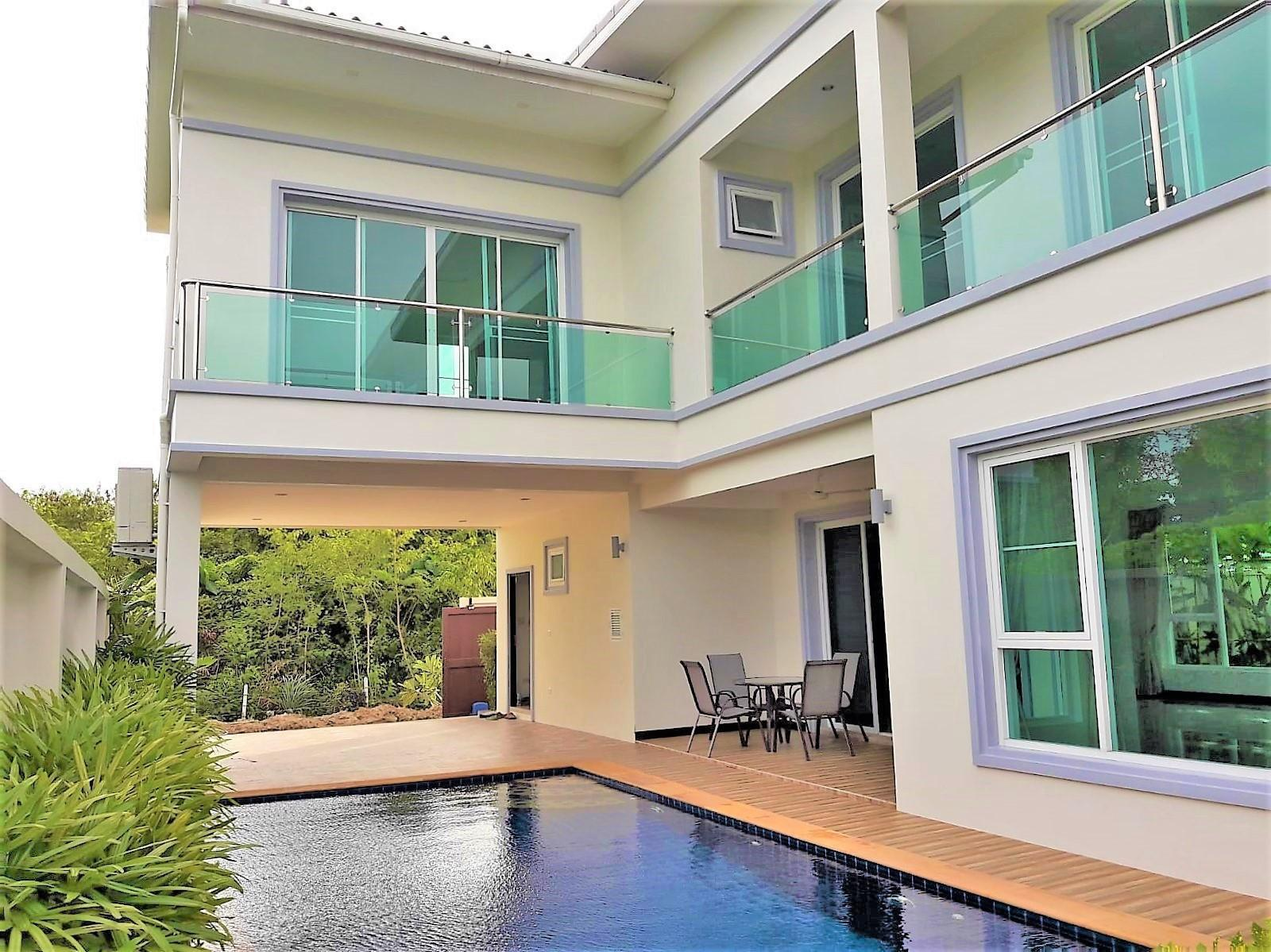 Pool Villa Rawai by PHR วิลลา 3 ห้องนอน 4 ห้องน้ำส่วนตัว ขนาด 350 ตร.ม. – หาดราไวย์