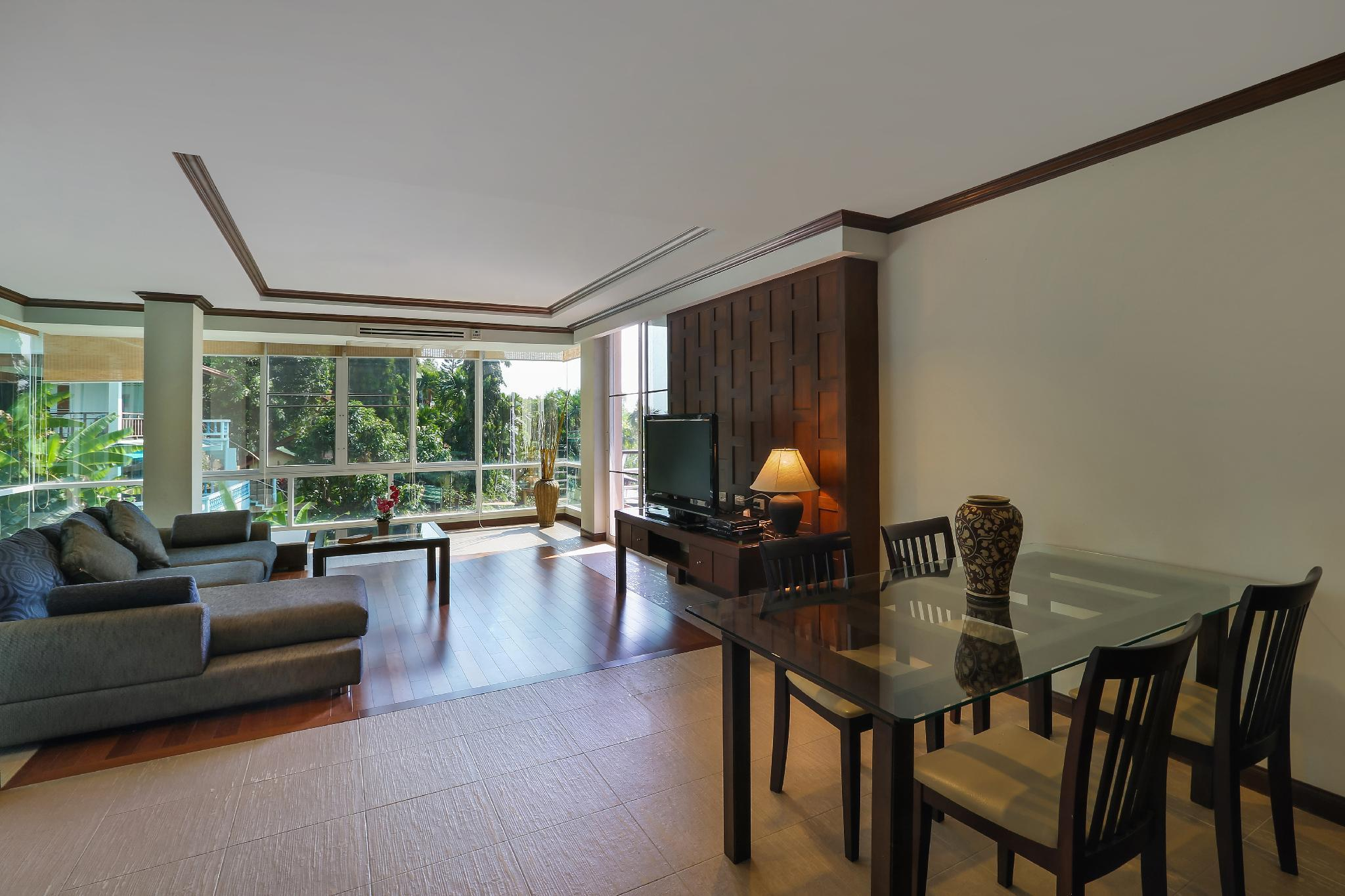Stunning 150sqm 2 Bed Apartment Close To The Beach