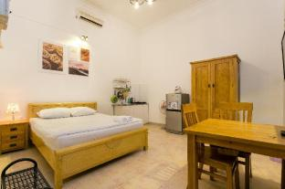 Private room with window, 5' to nguyen hue street - Ho Chi Minh City