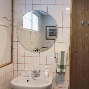[ニンマーンヘーミン]スタジオ アパートメント(16 m2)/0バスルーム ALSO House - Nimman room3 (Shared bathroom type)
