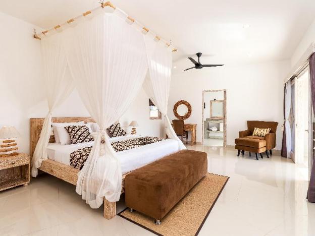 Tropical & Modern 4 BR in Seminyak-Villa Hiburan 1