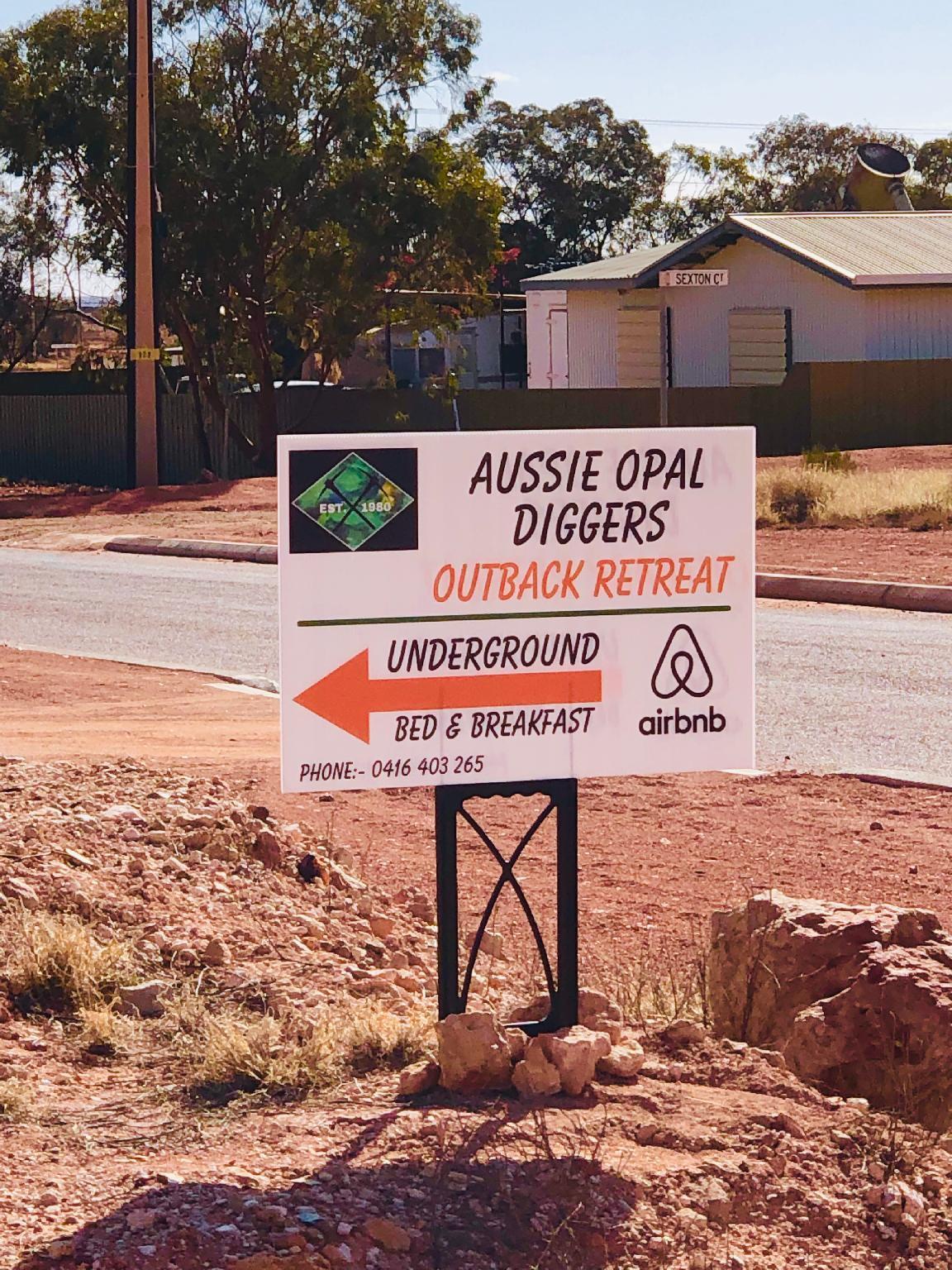 Aussie Opal Diggers Desert Retreat Underground