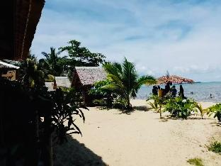 picture 4 of Beach Bungalow with sea view