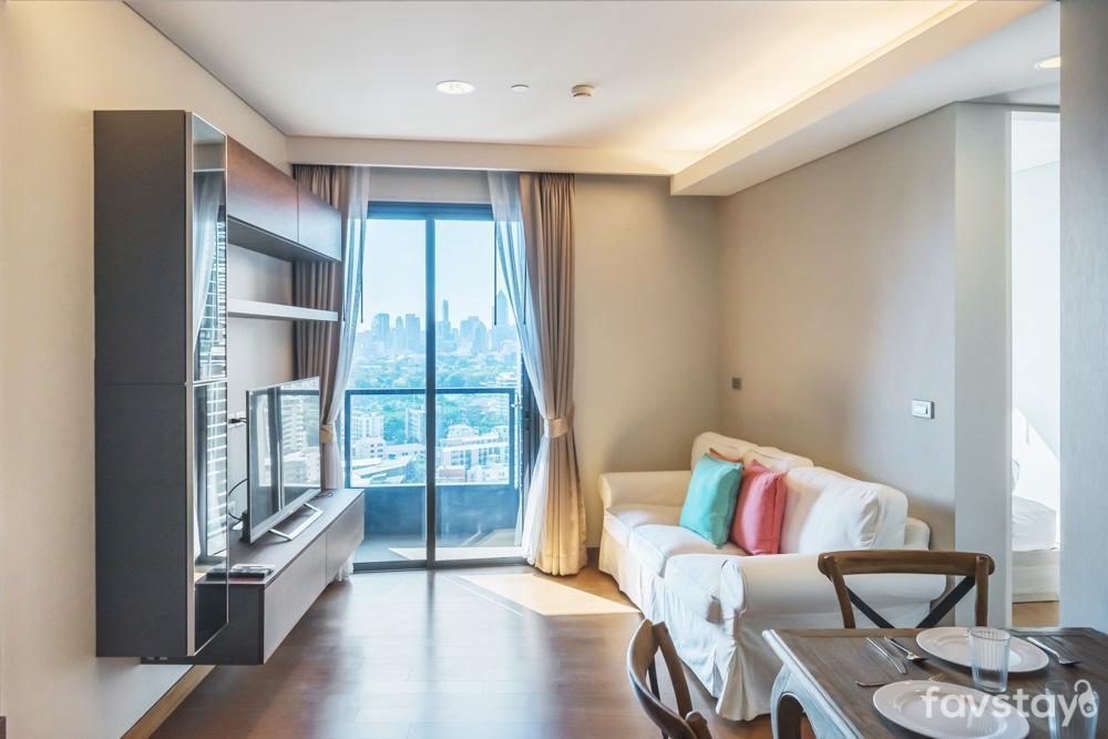 Lux Room W Infinity Sky Pool41Fl Close To BTSandMRT