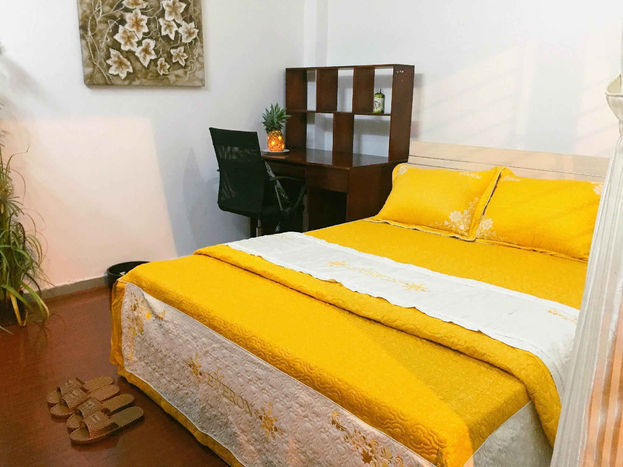Queen Room Balcony 1 Pineapple House