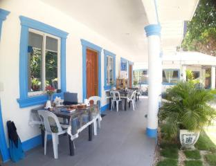picture 3 of Jah's Anemone Guesthouse Room 1