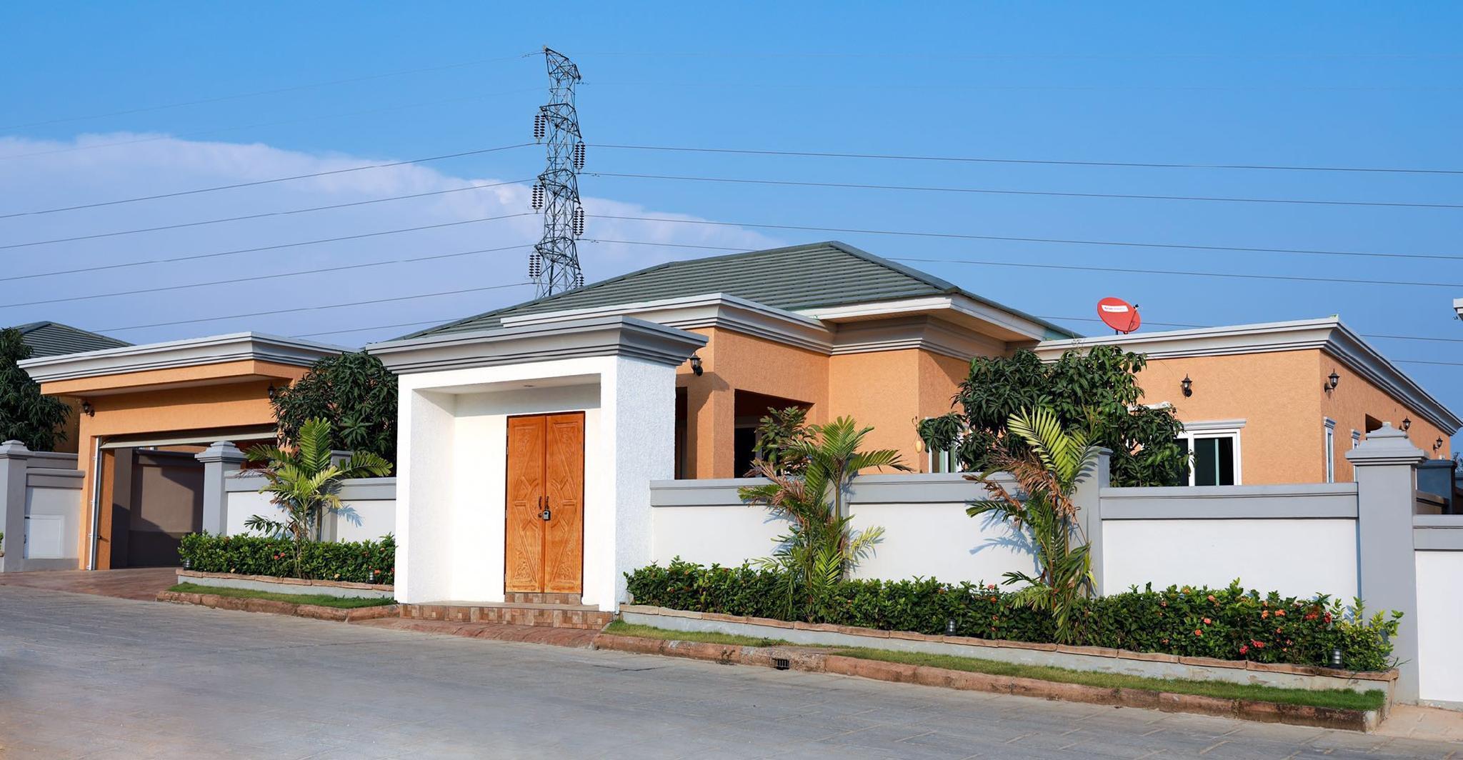 3.Pattaya's Top Luxury 4 Bedroom Pool Villa