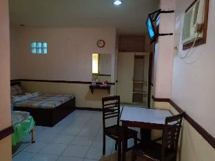 picture 3 of Gated rooms for your privacy