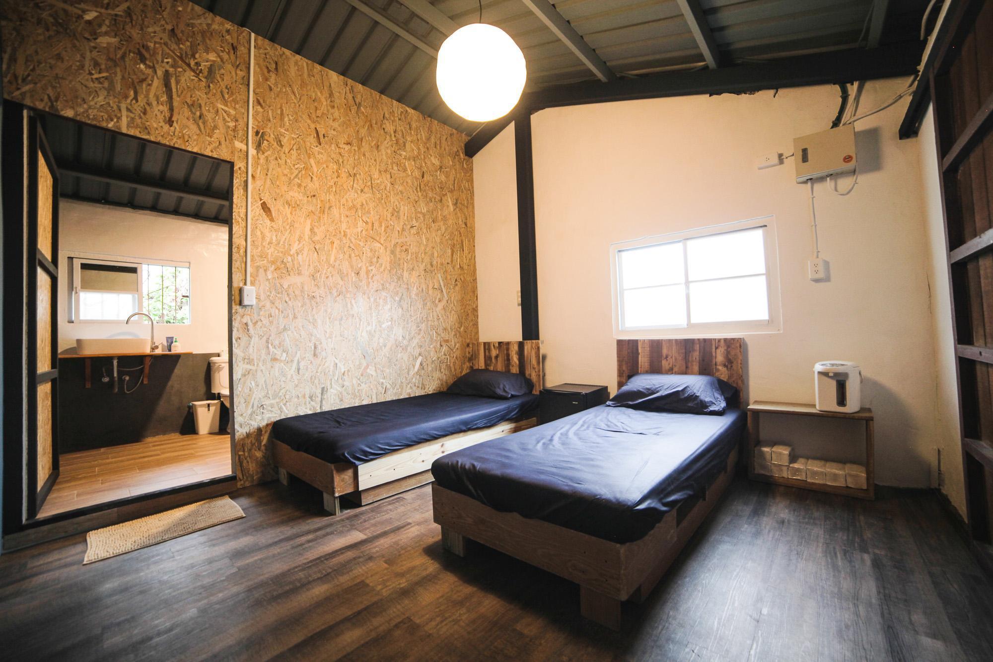 Jinzun Surf House   Surfer Suite