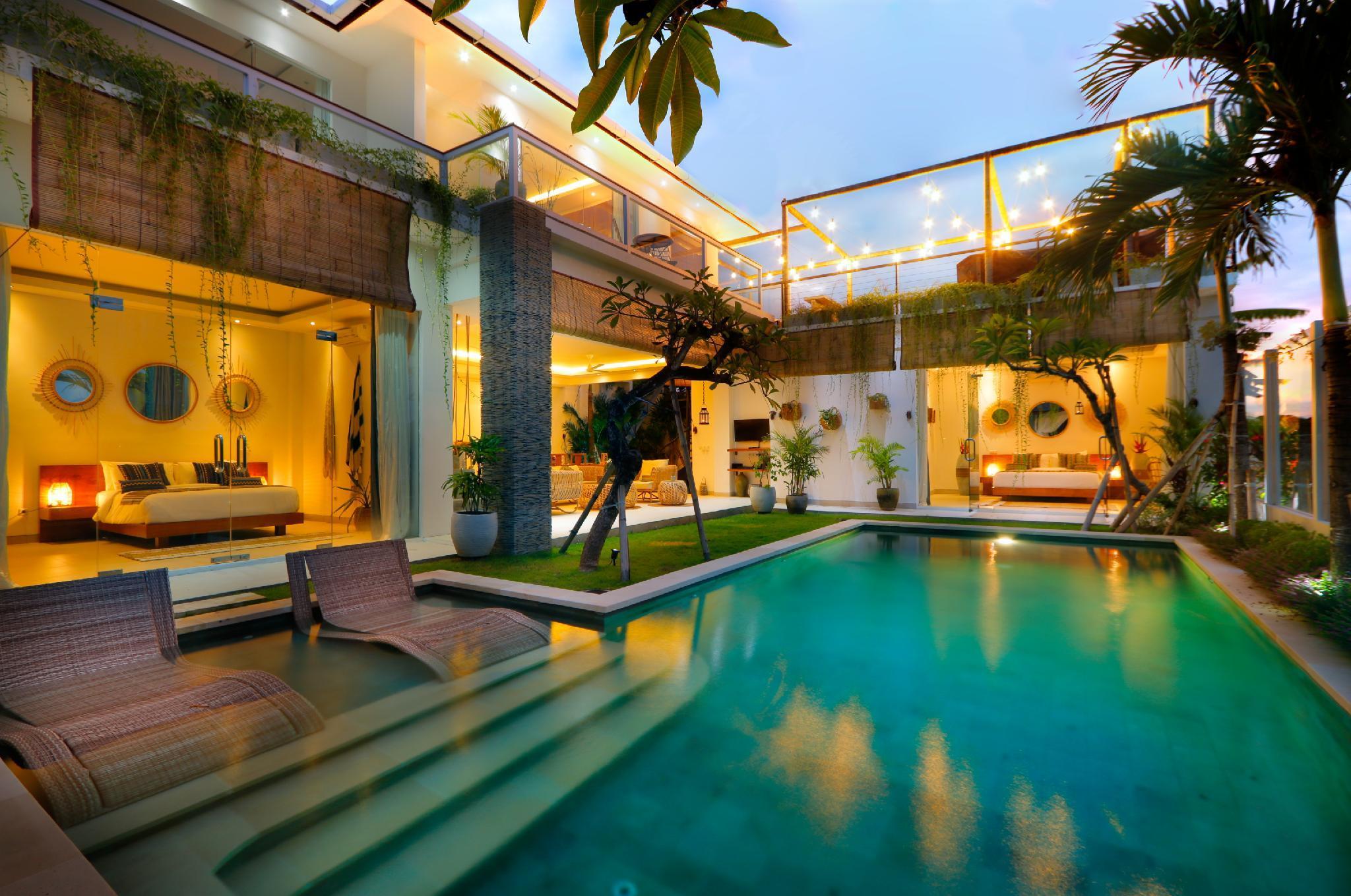 Double Swimming Pool Villa Complex