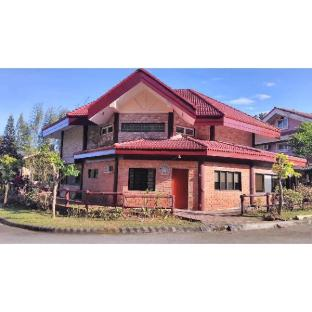 picture 1 of Tagaytay Canyon Woods Brick House