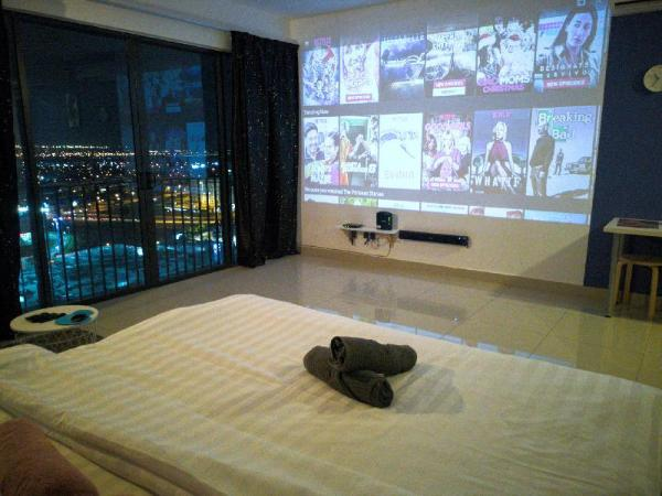 Machome GuestHome Projector Room II Shah Alam