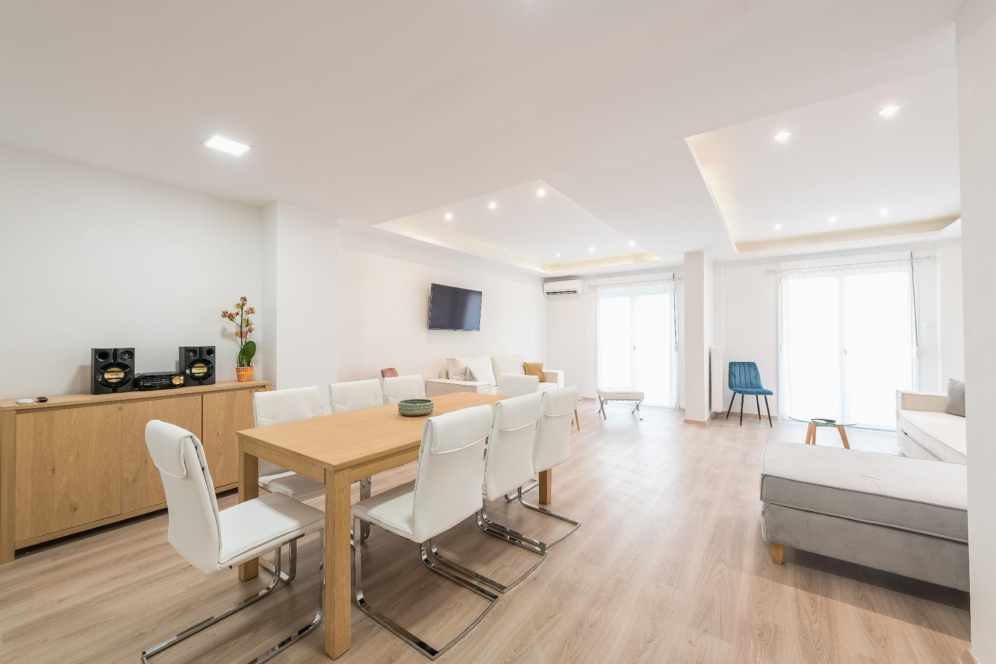 Athens Crystal Suites Apartment