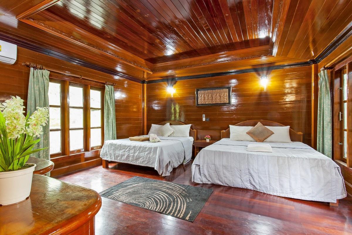 Ultimate Beach Resort 15BR Sleeps 34  Beachfront วิลลา 15 ห้องนอน 15 ห้องน้ำส่วนตัว ขนาด 1600 ตร.ม. – ป่าตอง